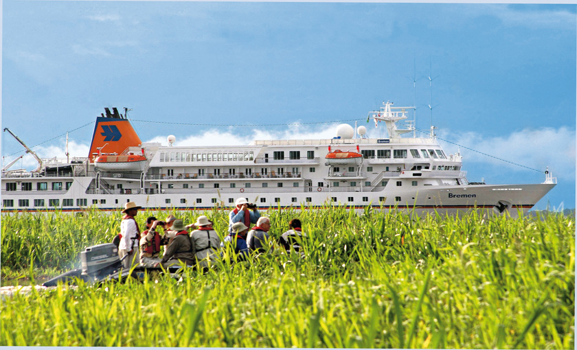 Expeditie luxe cruiseschip MS Bremen